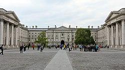 Parliament Square, Trinity College Dublin, Dublin (507133) (31931010263).jpg