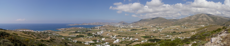 Panoramic view over the bay of Parikia
