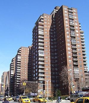 Penn South - Penn South buildings along Ninth Avenue
