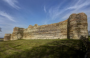Pevensey Castle - The Roman west curtain wall of Pevensey Castle