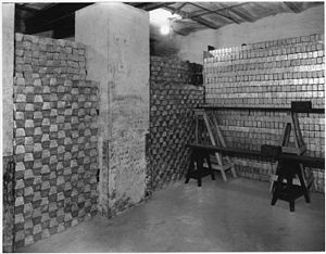 Photograph of a vault with gold bars - NARA - ...