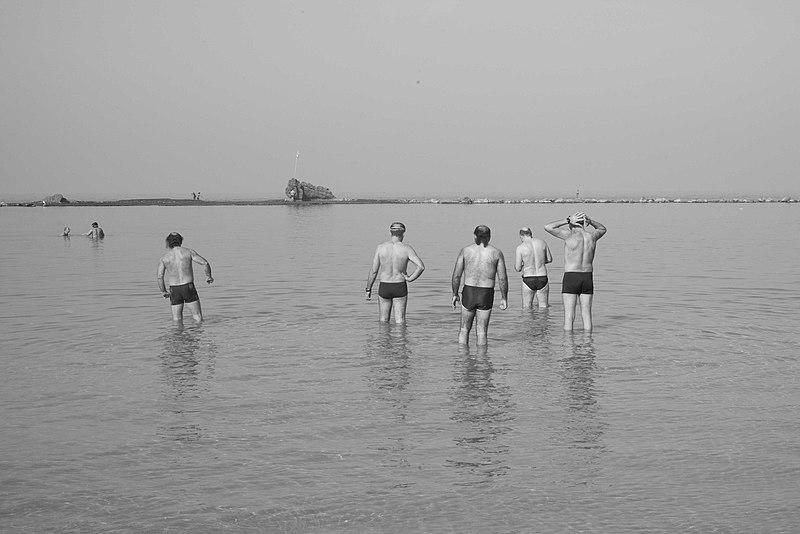 חורף בחוף בת-ים
