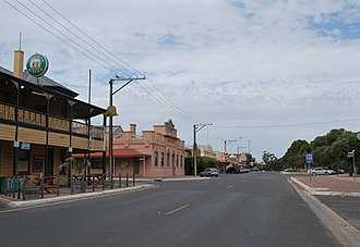 Pinnaroo, South Australia - Image: Pinnaroo Main Street 2