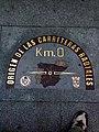 Placa del km 0 en la Puerta del Sol - panoramio.jpg