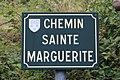 Plaque chemin Marguerite Chapelle Villars 1.jpg