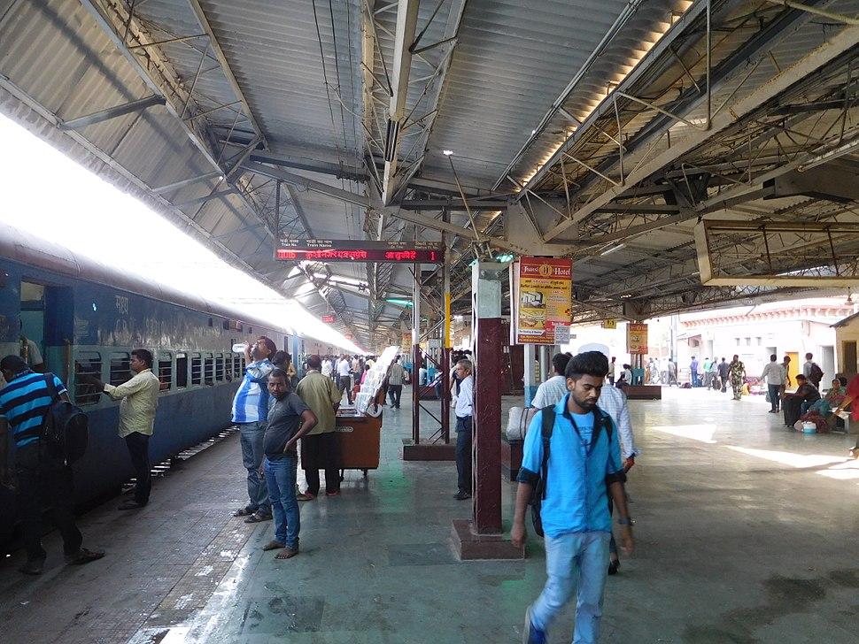 Plateform-Railway Station Jhansi