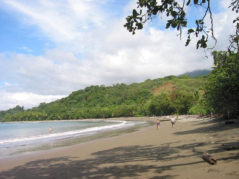 File:Playa-Piñuelas-Costa.Rica-02.jpg