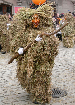 Straw bear - Hooriger Bär, the pea-straw-covered wild man from Singen developed from a straw bear