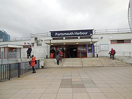 Portsmouth Harbour Station.jpg