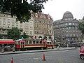 Praha, Václavské náměstí střed - panoramio.jpg