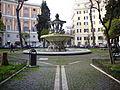 Prati - piazza dei Quiriti e fontana 1150613.JPG