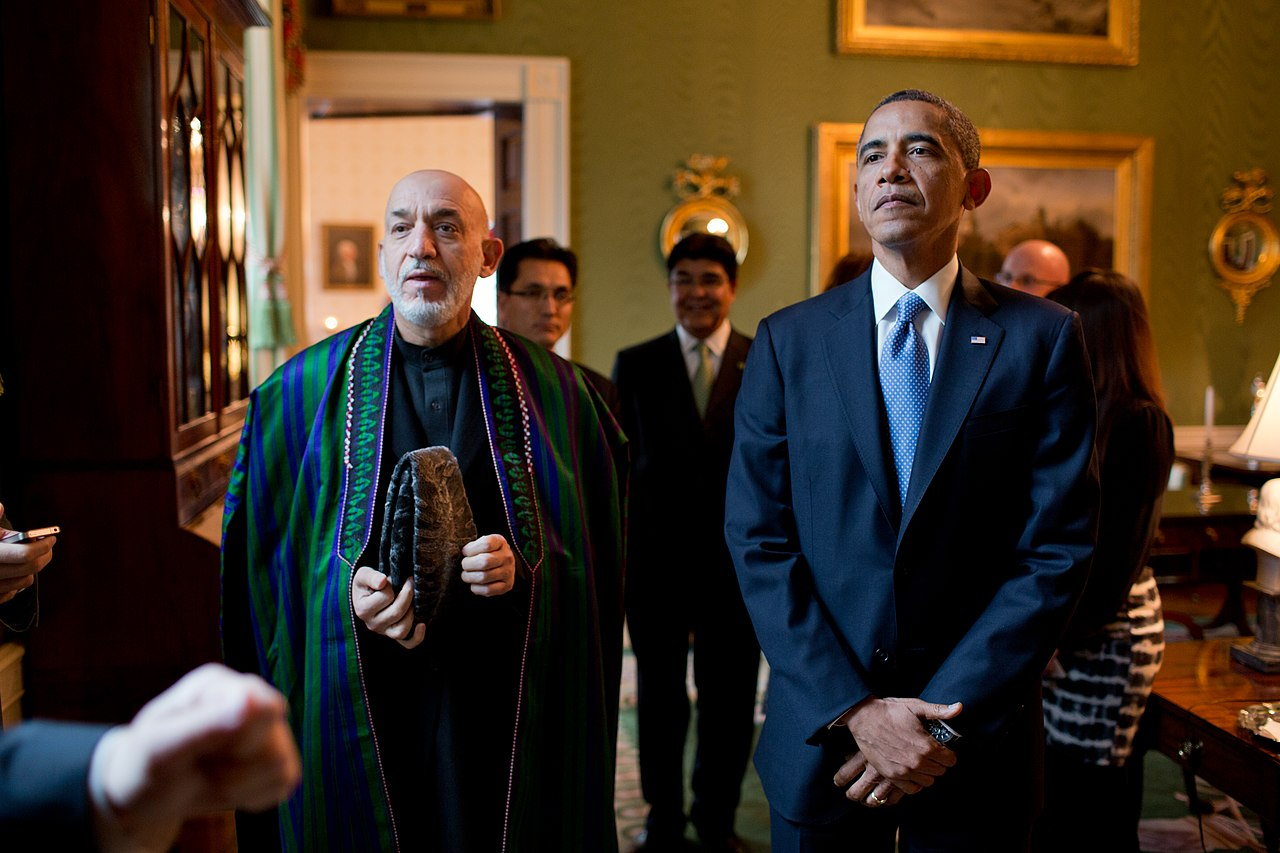 filepresident barack obama and president hamid karzai of afghanistan wait in the green roomjpg