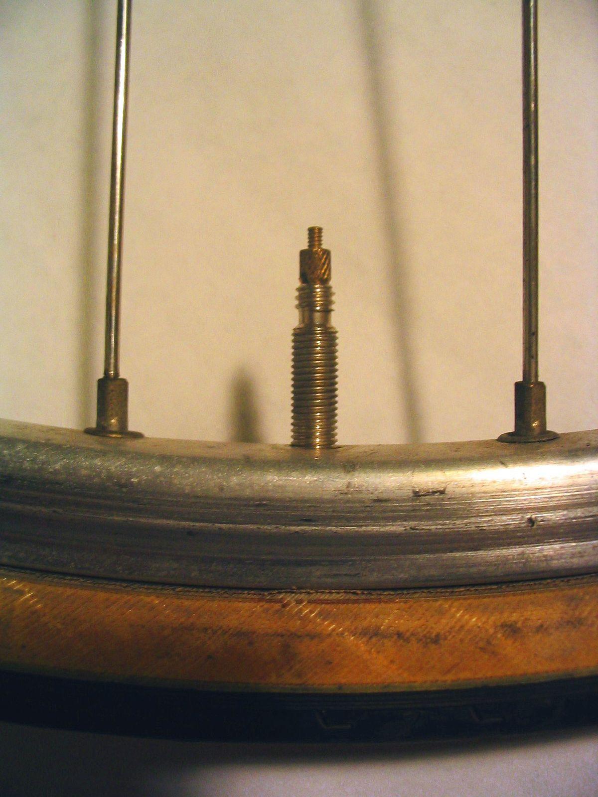 Presta valve - Wikipedia