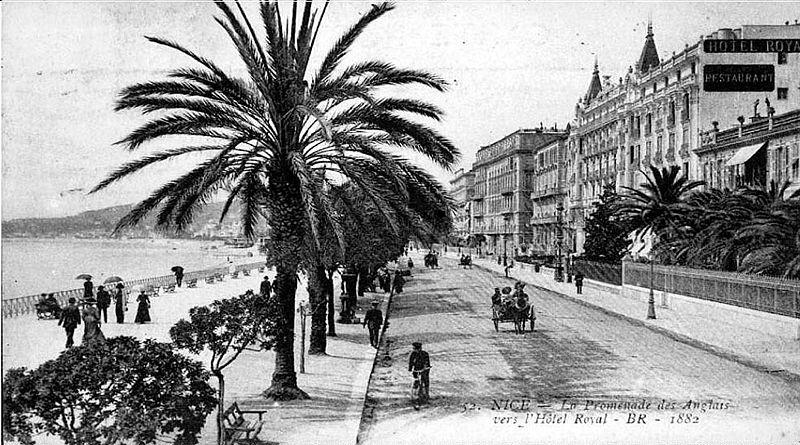 promenade des Anglais 800px-Promenade_en_1882
