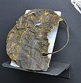 Protector palmar de cuir, segles XIII a XI aC, mina de sal de Hallsttatt.JPG