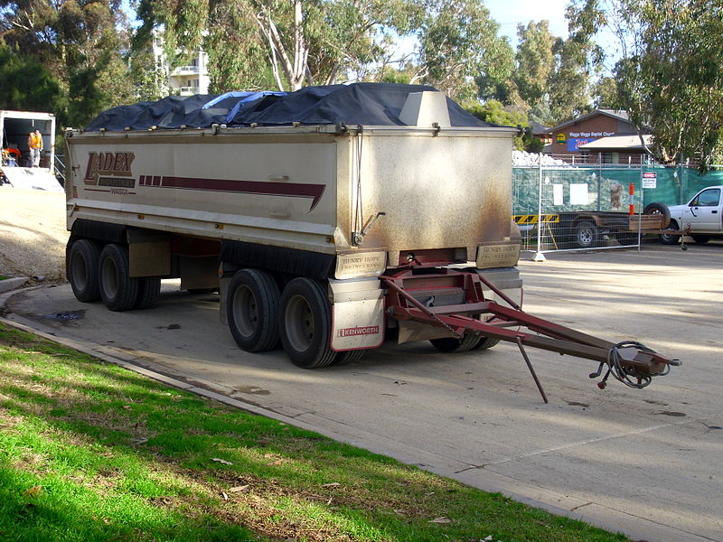 File:Quad dog trailer.jpg