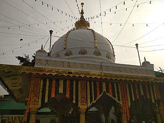 Qutbuddin Bakhtiar Kaki - Dargah of Qutbuddin Bakhtiyar Kaki