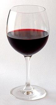 et glas vin