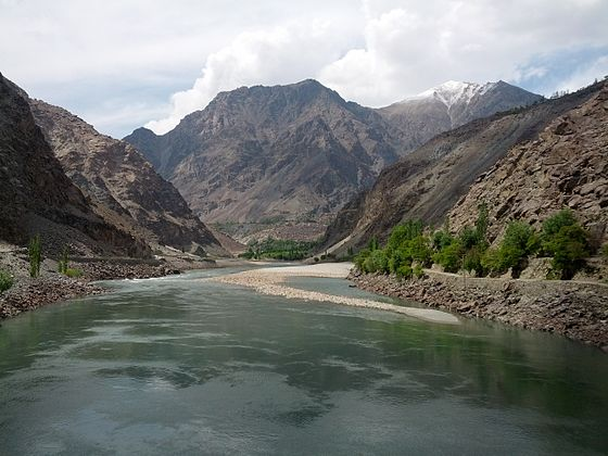 Indus River in Kharmang District, Pakistan. River Sindh.jpg
