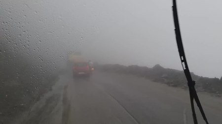 File:Road to Rohtang pass on the Manali-Leh Highway, 3.webm