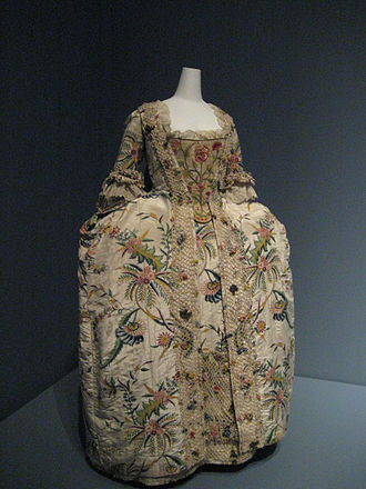 Anna Wintour Costume Center - Robe à la française 1740s, as seen in one of the exhibits at the Costume Institute