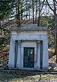Rudd-Wood-Hittell mausoleum - front - Lake View Cemetery - 2015-04-04 (22173051743).jpg