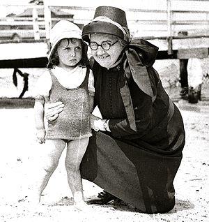 Salvation Army bonnet - 1936 Salvation Army bonnet at a picnic in Australia
