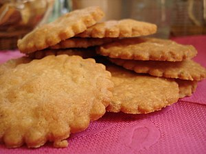 Sablé (biscuit) - Sablé with Parmesan cheese and green pepper