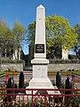 Saint-Julien-la-Geneste (Puy-de-Dôme) monument aux morts.JPG