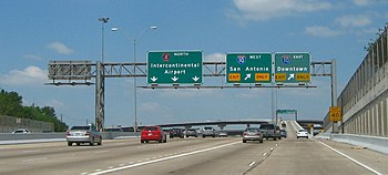 Northbound at Interstate Highway 10 on the wes...