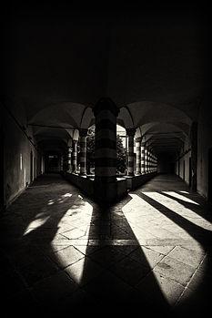 Sant'Agostino 08 - Chiostro.jpg