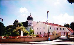 Schloss Schwindegg von Nordwesten.jpg