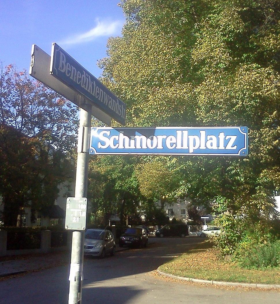 Schmorellplatz