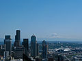 Seattle Skyline w Ranier.jpg