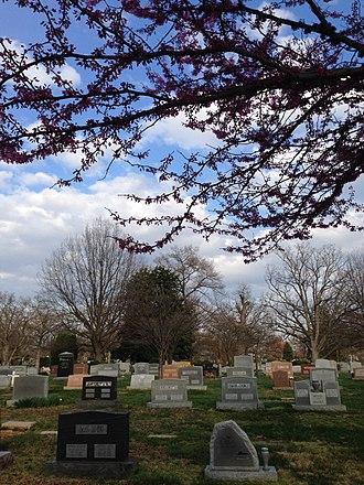 Columbia Gardens Cemetery - Grave sites at Columbia Gardens