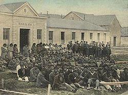 Los últimos selknam enPuerto Harris(Isla Dawson), en1896.
