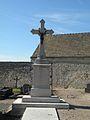 Serans (Oise) croix cimetiere.JPG
