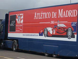 Atlético de Madrid (Superleague Formula team) - Image: Silverstone 2010 Atletico Madrid team truck