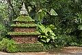 Singapore Zoo rain forest (6591244949).jpg