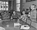 Sir Kotalawala, Minister van Verkeer (Ceylon) op Schiphol, Bestanddeelnr 904-7544.jpg