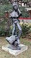 Skulptur Spandauer Damm 130 (Westend) Das Dreieck der Mittagsfrau&Rolf Szymanski&2010.jpg