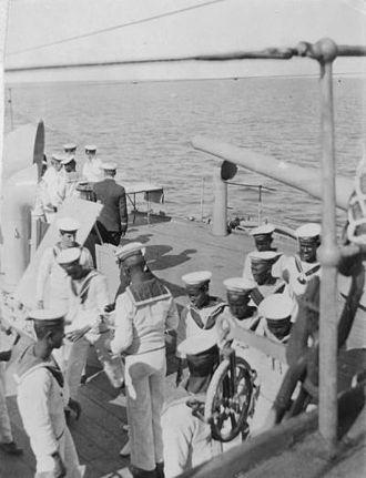 Somalis in the United Kingdom - Somali crew men on the HMS ''Venus''.