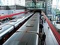 Střížkov, vlaky metra ve stanici.jpg
