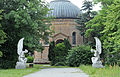St. Hedwig Friedhof Berlin Eingang.JPG