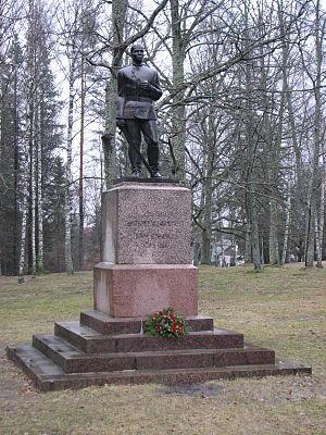 Tõrva - Image: Statue of Estonian War of Independence in Tõrva