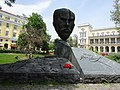Stefan Stambolov monument in Bulgaria 02.jpg