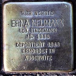 Photo of Erna Neumann brass plaque