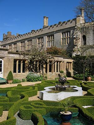 Sudeley Castle - The knot garden
