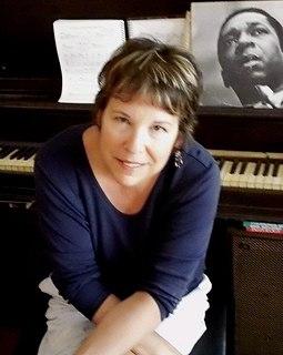 Suzanne Cloud American singer