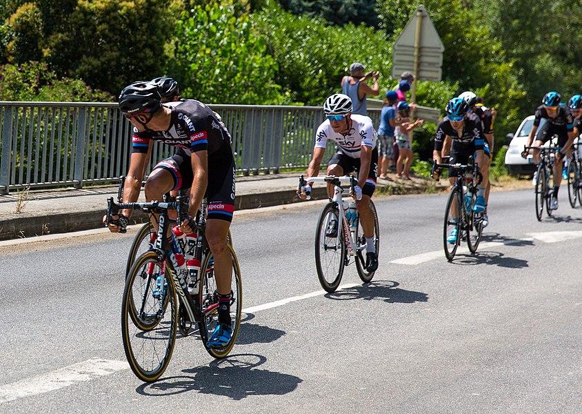 Cyclistes pendant la 13e étape.